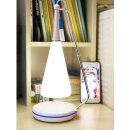 智能手机无线充电台灯 厂家热销定制充电台灯