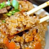 油饭,在台湾一种家喻户晓的台湾小吃!