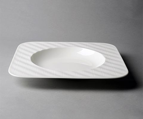 雅丝11.8寸四方汤盘