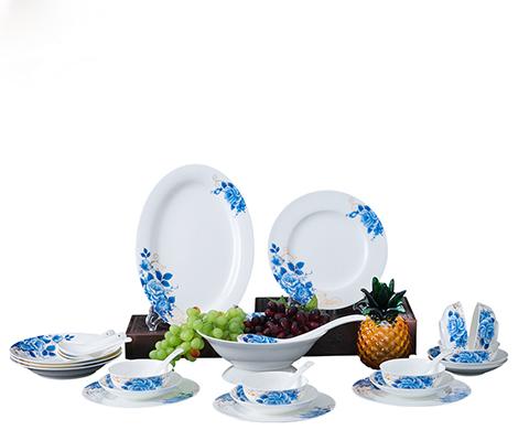28头蓝牡丹餐具