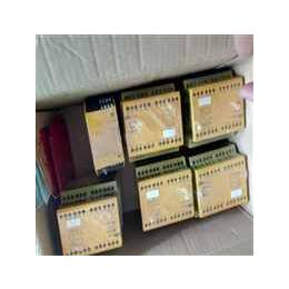 皮尔兹PNOZmulti安全控制器772800特价PILZ