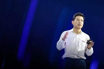 李彦宏:AI正在与产业融会贯通
