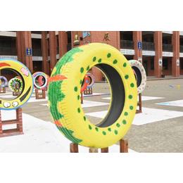 轮胎工艺品造型主题公园卡通动漫摆件轮胎工艺品造型雕塑制作