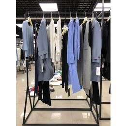 杭州阿莱贝琳品牌女装鸽斯帝琳系列风衣大衣女装折扣批发