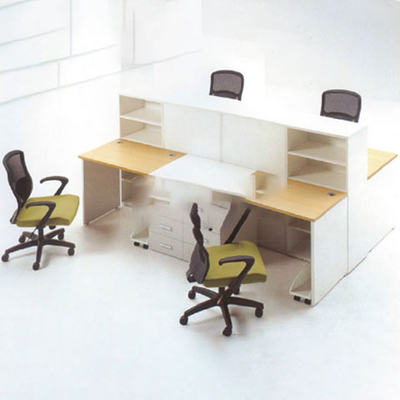 四人位多层板屏风办公桌