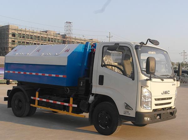 国五N800 3360单排车厢可卸式垃圾车