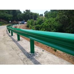 吉林乡村公路波形护栏板图 防护栏板图片