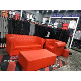红色时尚沙发