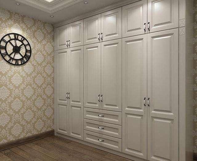 木质衣柜为何会发霉?有什么方法处理呢?