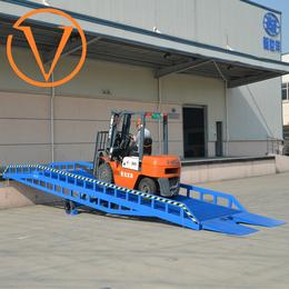 移动登车桥 装卸货平台 登高车 装卸升降机