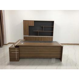 板式南昌办公桌子总裁办公桌子总经理主管桌子定制